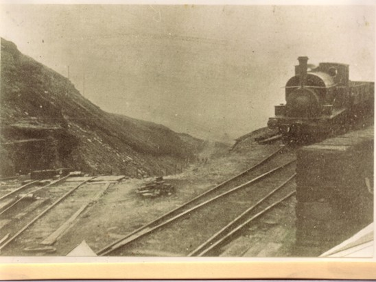 Before and after shots of head of incline - Siddall's second tramway